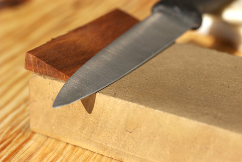 honing angles, whetstone, blade grinds, sharp knife, sharpening process, knife honing