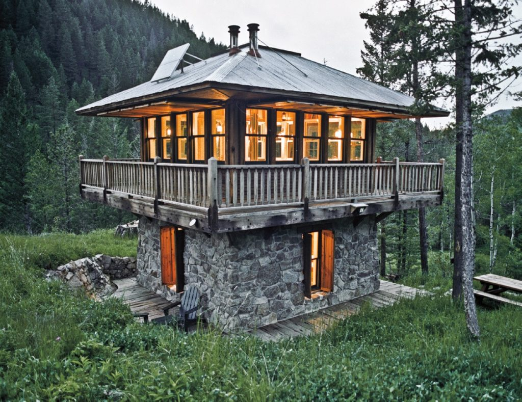 tiny houses, largest growing industries, trends, fads, lifestyle, simplicity, Tiny House Nation, manageable spaces